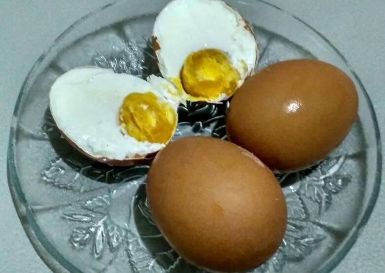 telur asin telur ayam